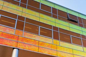 RGB en andere kleuren in de kantoorgebouwen van UWV in Almere